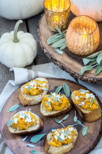 Perfect Fall Pair: Butternut Bruschetta and Wine