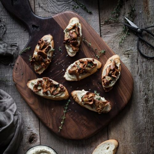 Garlic & Chanterelle Crostinis