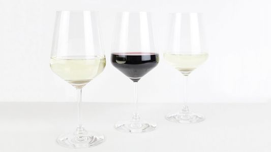 Five Things Every Wine Lover Should Have (2020)