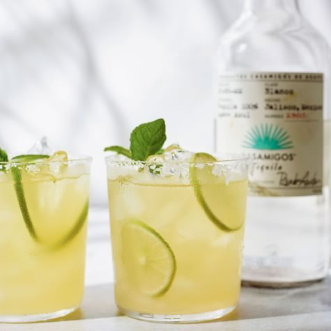 Classic Cocktail Recipes You Should Know by Heart