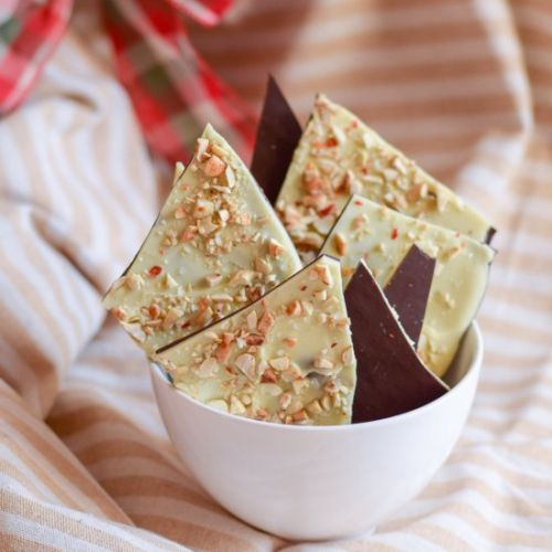 Chili Cashew Chocolate Bark