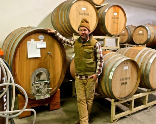 Santa Cruz winemaker finds natural beauty in Lodi grown fruit