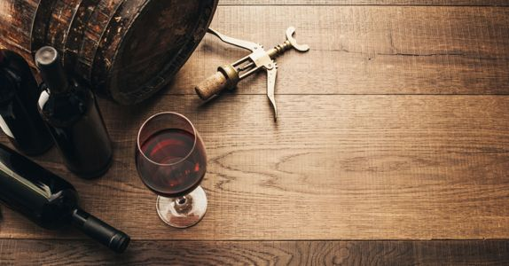 Reductive vs. Oxidative Winemaking, Explained