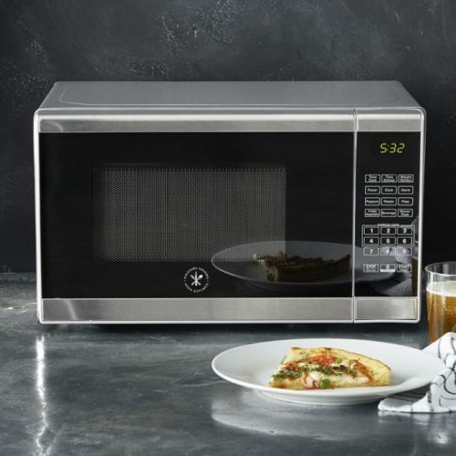 Food News: A Smart Trick for Maximizing Space in Your Microwave