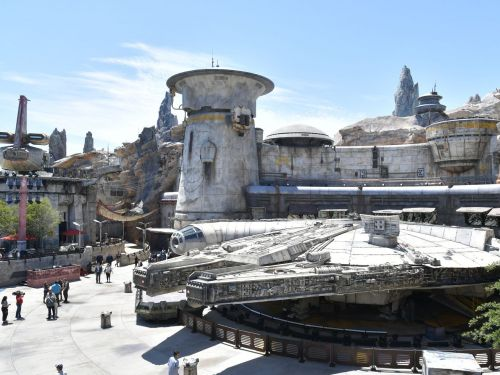 What to Eat at Disney's Star Wars: Galaxy's Edge