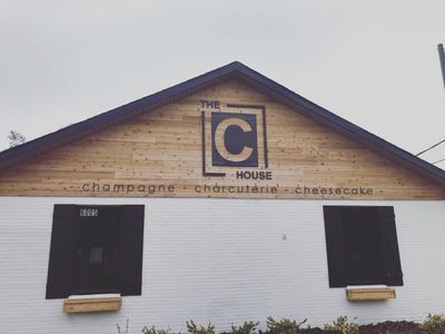 This Tampa Restaurant Only Serves Foods That Start With the Letter 'C'