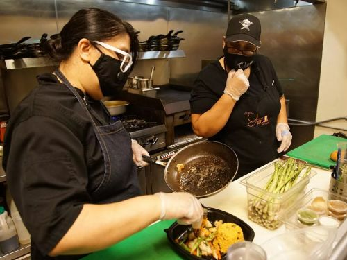 This Organization Created a $4M Fund to Support Chicago's Restaurant Workers - $3.6M Remains Unclaimed
