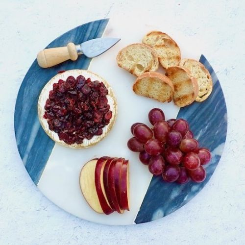 Baked Brie With Honey and Dried Cra