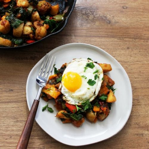 Veggie Breakfast Hash & Fried Egg