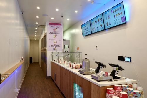 16 Handles Opens Tribeca Location With New Retail Model