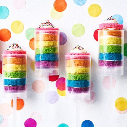 The Ultimate Cake Pop Kit That's Coming Up Rainbows
