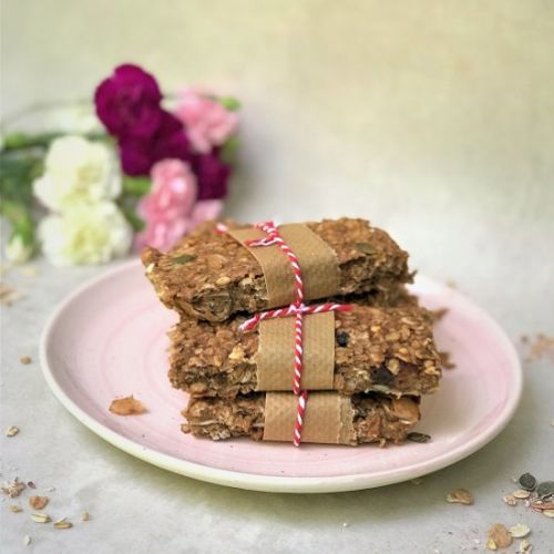Berry Peanut Butter Muesli Bars