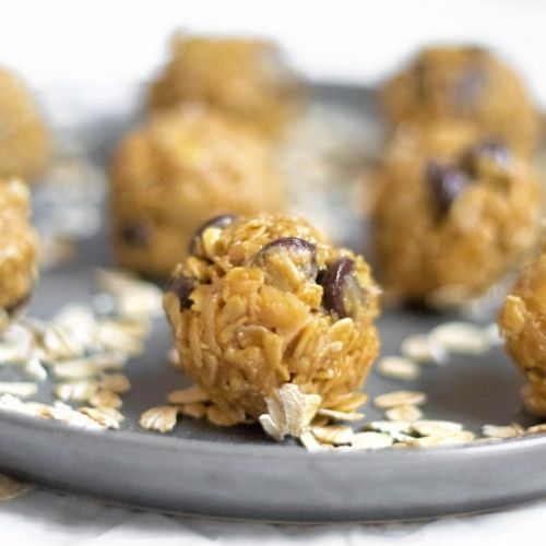 Energy Bites-Oatmeal Chocolate Chip