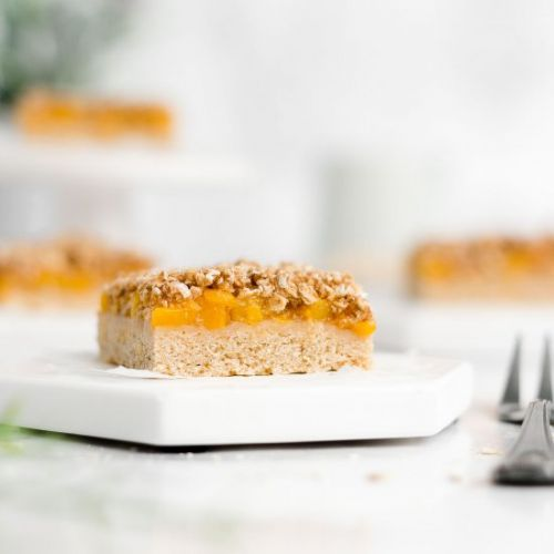 Healthy Peach Crumble Bars
