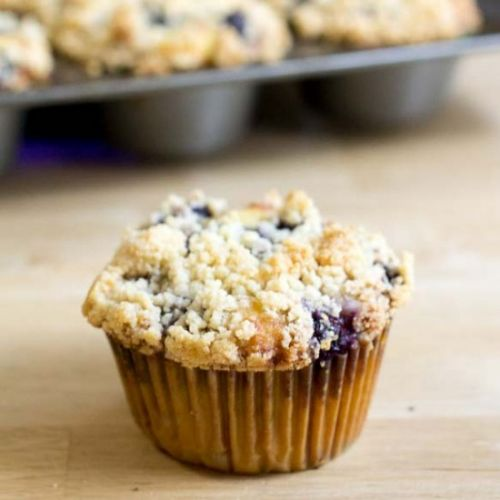 Blueberry Muffins w/ Crumb Topping