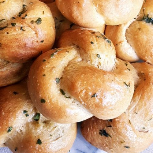 Pesto Knots with Garlic Butter