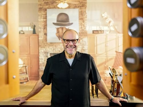 Alton Brown's 'Good Eats: Reloaded' Is Headed to the Cooking Channel Next Month