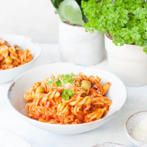 Tuna pasta with tomatoes and olives