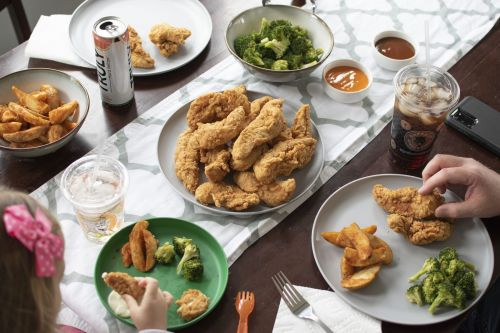 Buffalo Wings & Rings Rolls Out Family Packs for Takeout and Delivery