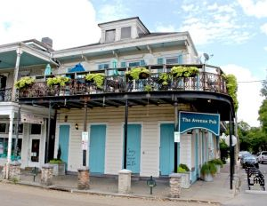 Up All Night: 24-Hour Bars In New Orleans To Visit Now