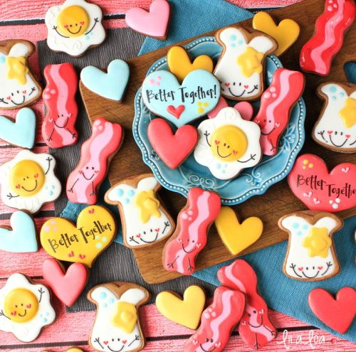How to Make Decorated Egg, Toast, and Bacon Sugar Cookies