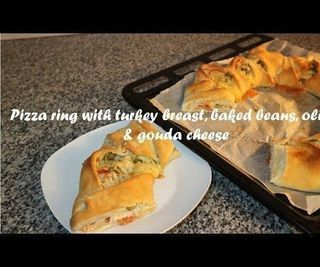 Pizza Ring With Turkey Breast, Baked Beans, Olives & Gouda Cheese Recipe