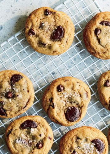 You'll Want These Chocolate Chip Cookies Every Darn Day