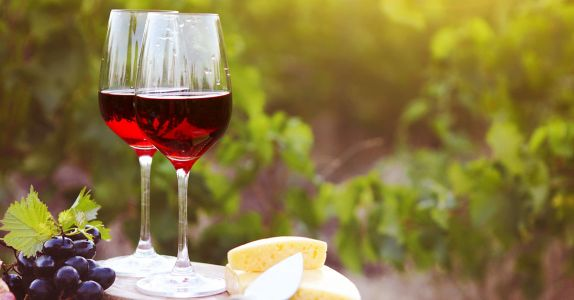 The 10 Best Red Wines for Summer