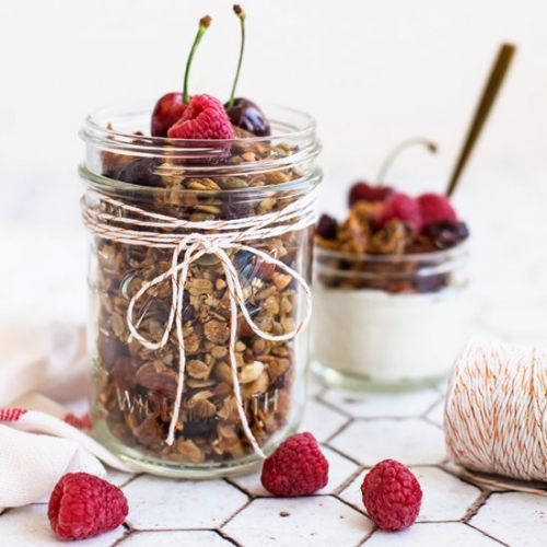 Gingerbread Spiced Fig Granola