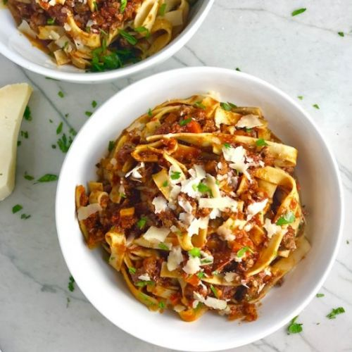 Love You Slow Cooker Beef Bolognese