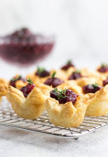 Cranberry and Puff Pastry Bites