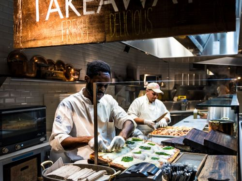 Fighting Violent Power Structures in the Restaurant Industry