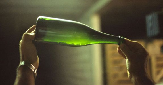 The Secret to Buying Beautifully Bubbly Champagne, Every Time