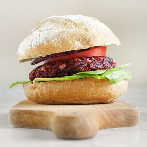 Burgers with beetroot