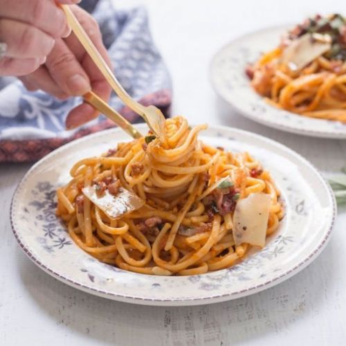 Linguini with Butternut Sauce