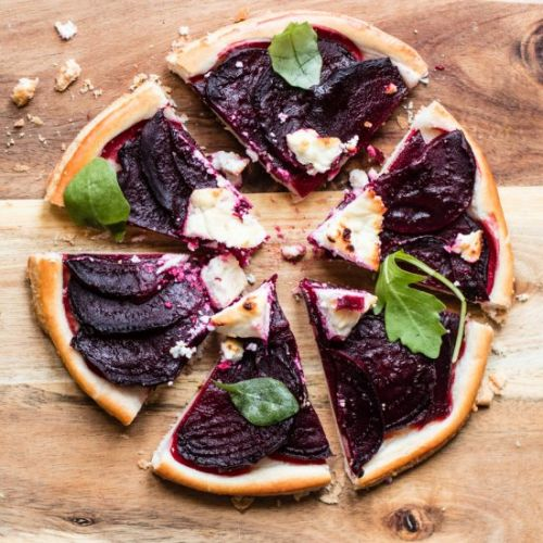 Beetroot tart with goats cheese