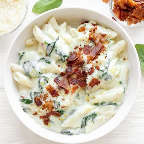 Penne with Spinach Cream Sauce
