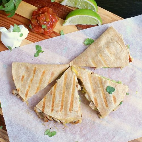 Low Carb Quesadilla with Chicken