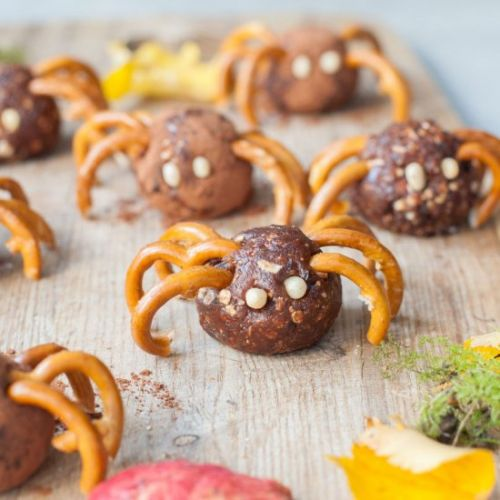 Pretzel spiders