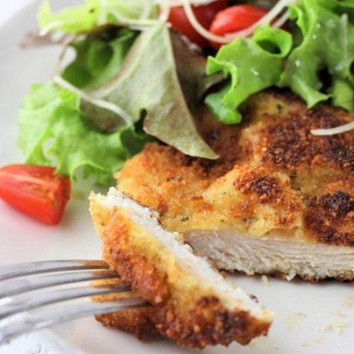 Chicken milanese with mesclun salad
