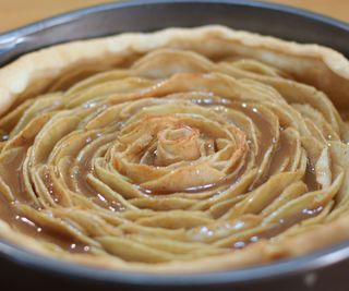 Caramel Rose Apple Pie