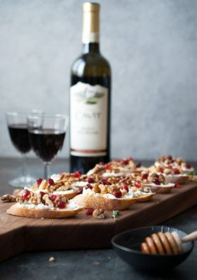 Walnut and Goat Cheese Crostini