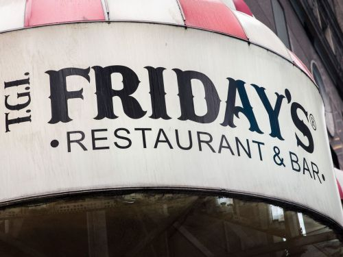 Potato Skin Fan Sues TGI Fridays Over Misleading Chip Packaging