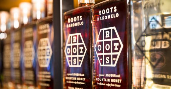 Blossom Bar's Jen Laforge Wins U.S. Finest Roots Cocktail Competition