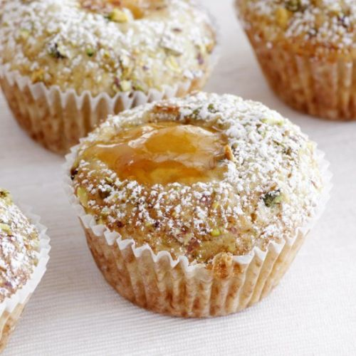 Apricot Muffins with Pistachio