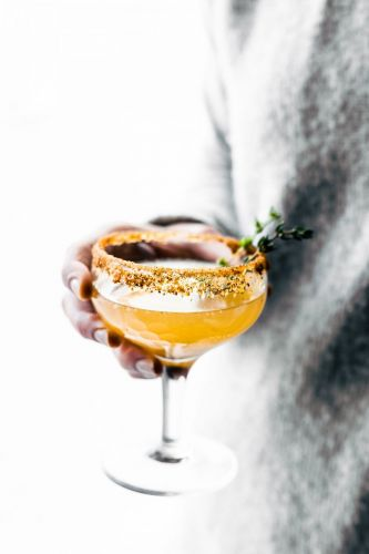 Mix and Mingle: Holiday Party Prep, Cocktail Edition