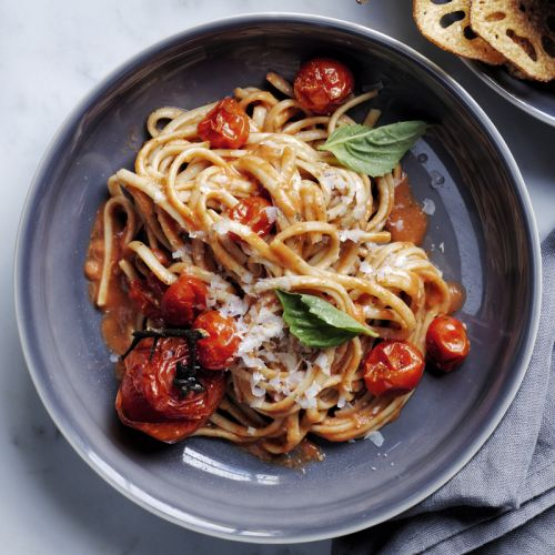 Linguine with Easy Roasted Tomato Sauce