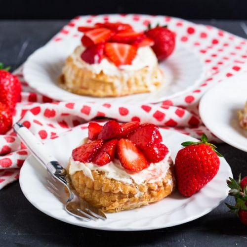 Strawberry and Clotted Cream Tarts