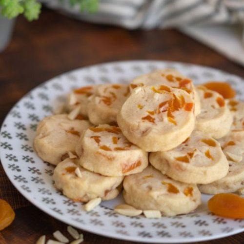 Apricot with Vanilla Bean Cookies
