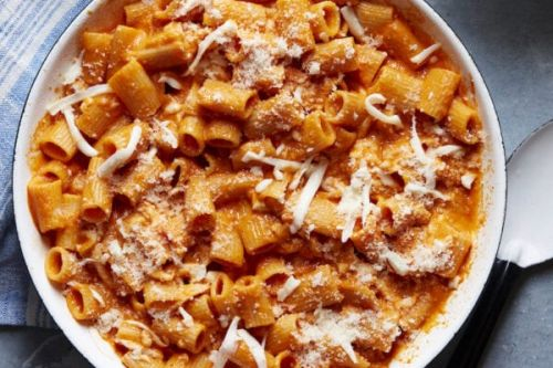 Cheesy Pasta alla Vodka
